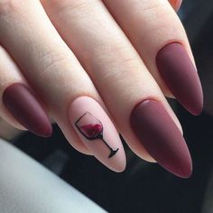 Ultimate Decision-making guide that highlights differences between acrylic nails vs gel nails so that you can choose the best one that suits your requirement. Cute Gel Nails, Chic Nails, Cute Acrylic Nails, Stylish Nails, Swag Nails, Wine Nails, Romantic Nails, Nail Art Designs Videos, Grunge Nails