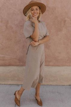 Solid modest dress with pockets, perfect for all occasions! More modest wedding dress styles at the cutest Utah based boutique, ROOLEE! Modest Wedding Dresses, Wedding Dress Styles, Skirts For Sale, Dresses For Sale, Striped Bodysuit, Sweater Sale, Fashion Dresses, Women's Dresses, Spring Dresses