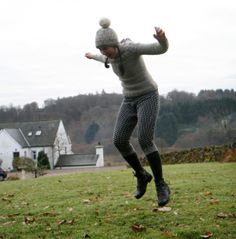 Kate Davies in her swants (USA) / sweeks (UK), a thrifted knitted sweater (USA) / jumper (UK) turned into pants / breeks. Possibly the best thing to see on the day I wake up to a broken furnace. (54oF in my living room right now! Yarg!)