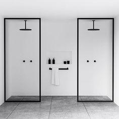 Ci piace la semplicità! #Design minimale e 2 colori... effetto spettacolare! Che ne pensate? Per info visitate il nostro sito web http://ift.tt/2hbGm18 o veniteci a trovare ad #Avola - #bathroomdecor #bathroomremodel #bathroomdesign #showerdesign #showerdecor #bagnodesign #arredobagno #blackandwhitehome #arredocasa #arredo #arredamento #interni #interiordesign #interiordesigner #interiorstyle #interiorstyling #interiorstylist