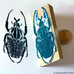 Le Tampographe Sardon Plus Love Stamps, Ink Stamps, Stamp Carving, Litho Print, Handmade Stamps, Insect Art, Art Graphique, Tampons, Crafty Craft