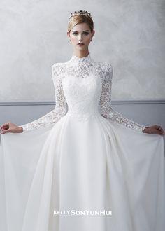 Kelly Sonyunhui wedding dress