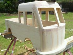 The beginings of the Kombi double cab pedal car i made for my son Playhouse Interior, Build A Playhouse, Woodworking Projects For Kids, Woodworking Workshop, Wooden Pallet Projects, Wooden Pallets, Soap Box Cars, Wood Bike, Kombi Home