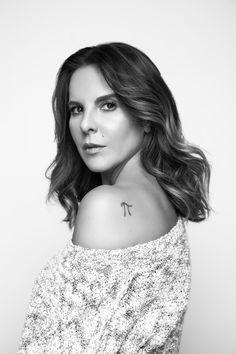 Kate Del Castillo  http://produccioneslara.com/pelicula-polleros.php