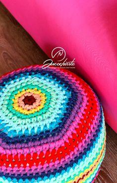 Patrón Sacocharte - Un puff muy colorido para hacer con trapillo. Ganchillo XXL