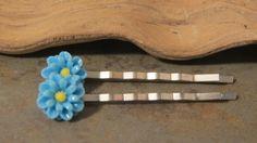 Flower Bobby Pins - Blue Daisy Bobby Pins- Set of Two - Blue Flower Bobby Pins - Blue Flower Hair Pins - Blue Bobby Pins - Blue Hair Pins - pinned by pin4etsy.com