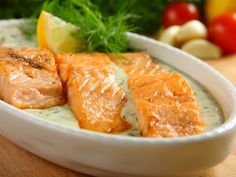 Losos v koprové omáčce / Salmon in dill sauce Polish Recipes, Meat Recipes, Seafood Recipes, Snack Recipes, Polish Food, Czech Recipes, Russian Recipes, Dill Sauce, Fish And Meat