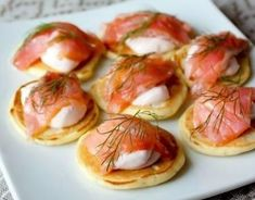 51 Ideas breakfast party food sour cream for 2019 Avocado Recipes, Salmon Recipes, Fish Recipes, Seafood Recipes, Chicken Recipes, Breakfast Party Foods, Quick Healthy Breakfast, Breakfast Recipes, Easy Appetizer Recipes