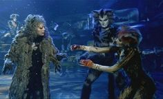 Demeter reaching out to Grizabella