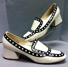 Great Vintage 60's 70s Black and White MOD by IncogneetoVintage, $85.00