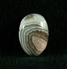 This Crazy lace agate comes from northern Mexico. This is an unusual combination of lace and peach colored fortification agate. All fractures are ancient and completely healed This is a solid stone perfect foe a ring. Crazy Lace Agate, Fortification, Agates, Art Object, Peach Colors, Rocks And Minerals, Marbles, Natural Stones, Jasper