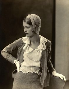 Lee Miller - 1931 - Muse, artist, beauty, model, Vogue collaborator and photographer in her own right MAYBE BY MAN RAY Foto Fashion, 1930s Fashion, Fashion History, Vintage Fashion, Fashion Models, Fashion 2018, Fashion Kids, Girl Fashion, Man Ray