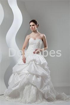 Robe de mariée jupe bouillonnée traîne palais en taffetas