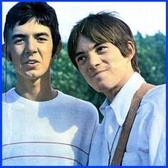 Ronnie Lane and Steve Marriott of Small Faces
