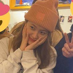 Kim Yerim, Seulgi, Kpop Girls, Red Velvet, Beanie, Feminine, Hats, Icons, Twitter
