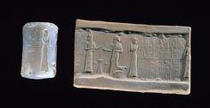 Sceau-cylindre d'un prince de la ville sainte de Nippur, voué à Nusku, dieu du feu, pour la vie de Shulgi, roi d'Ur IIIe dynastie d'Ur - 2094 - 2047 avant J.-C. Agate Paris, Musée du Louvre