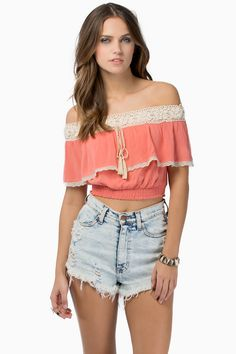 FRIDA CROP TOP (PULLED) CORAL- 34 IN 1 DAY(37%) LIGHT BLUE- 48 IN 3 DAYS (53%)