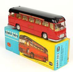 Corgi Toys 1120 Midland Motorway Express Bus Pic. By QualityDiecastToys.com