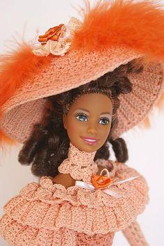 Crochet Barbie Patterns, Crochet Doll Dress, Crochet Barbie Clothes, Crochet Hats, Ken Doll, Barbie And Ken, Barbie Dress, Cute Dolls, Hobbies And Crafts