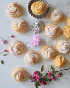 venceky-neplnene-na-stole Cake, Desserts, Food, Tailgate Desserts, Deserts, Kuchen, Essen, Postres, Meals