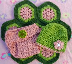 Crochet turtle photo prop for baby girl newborn to 6 by JesssStuff, $30.00...Tiny's first Halloween costume?