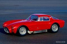Maserati 1953 - A6 GCS Berlinetta A Maserati comemora hoje seu centenário: foi em 1º. de dezembro de 1914 que Alfieri Maserati e seus irmãos Ettore, Ernesto e Bindo começaram em Bolonha, Itália, a oficina de automóveis Società Anonima Officine Alfieri Maserati, que se tornaria um fabricante de carros esportivos e de luxo.