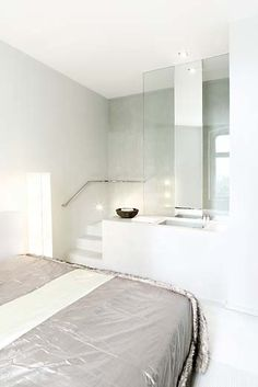 Lux 11 - Bath