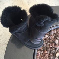 Black short UGG Used black UGG UGG Shoes Ankle Boots & Booties