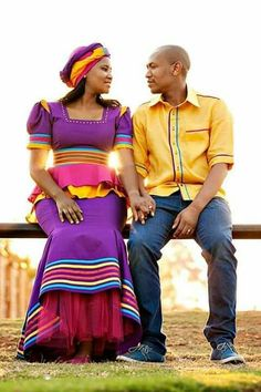 Gift ideas for cyclists [for all the bike lovers] African Print Dress Designs, African Print Dresses, African Print Fashion, African Fashion Dresses, African Dress, African Outfits, African Clothes, African Prints, Pedi Traditional Attire