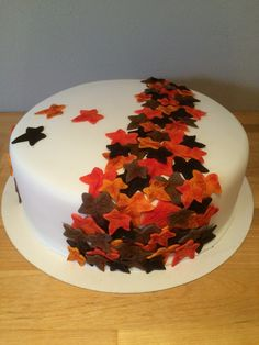 A nice autumn cake. Love the colours.