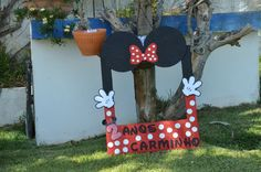 Minnie Mouse Frame DIY