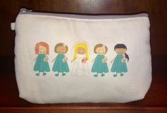 For the Bride and her Bridesmaids! Creative Expressions Mini Zipper Pouch ($12). Shop at: www.mythirtyone.com/shopwithlisab