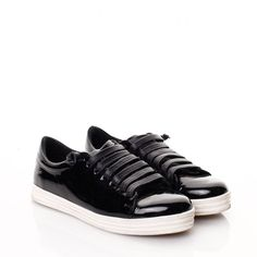 Sneakersi piele neagra lacuita