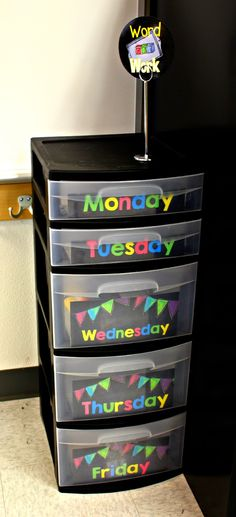 Tunstall's Teaching Tidbits: classroom pictures