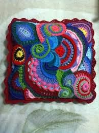 Un gilet fre free free – Artofit Crochet Cushion Cover, Crochet Pillow, Crochet Art, Crochet Home, Irish Crochet, Crochet Motif, Crochet Designs, Crochet Crafts, Crochet Flowers