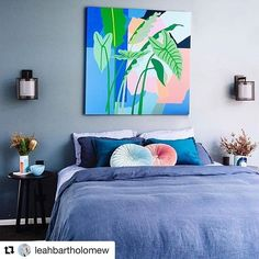 How bout these moody hues made all the better by that glorious artwork centre stage by GI!s clever gal @leahbartholomew !!!! This whole room had me at hello . Love it . Bravo @cedarandsuede - amazing styling . Pic by @natmccomas #bedroomdecor #artinspo #style #colour #shopping #interiordesign #bedroominspo #limitededition #beatxmaspresentisart