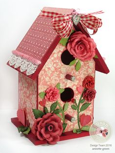 tall Valentine Birdhouse by Annette Green using Susan's Garden Dies from Elizabeth Craft Designs. Rose 1 and 2 dies. Bird Houses Painted, Decorative Bird Houses, Valentine Box, Valentine Crafts, Dollar Store Crafts, Diy Crafts To Sell, Shabby Chic Birdhouse, Birdhouse Craft, Birdhouse Kits
