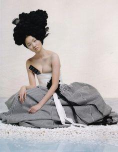 """haesoul: """" from VOGUE KOREA model: Yoon-ju Jang """"Hanbok"""", Korean traditional dress. Korean Traditional Dress, Traditional Fashion, Traditional Dresses, Vogue Korea, Korean Dress, Korean Outfits, Korea Fashion, Asian Fashion, Women's Fashion"""
