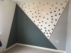 DIY geometrische Wandmuster CraftRiver DIY geometrische Wandmuster CraftRiver Dekoration The post DIY geometrische Wandmuster CraftRiver appeared first on Babyzimmer ideen. Big Girl Rooms, Baby Boy Rooms, Baby Bedroom, Baby Room Decor, Girls Bedroom, Bedroom Decor, Bedrooms, Nursery Room, Kids Room Design