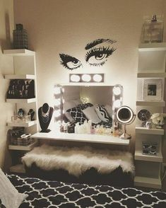 Makeup Room Setup Makeup Room Furniture Makeup Room Design with regard to Makeup… Makeup Room Setup Makeup Room Möbel Makeup Room Design in Bezug auf Makeup Room Decor Beauty Room Decor, Makeup Room Decor, Makeup Rooms, Diy Makeup Vanity, Vanity Decor, Makeup Vanities, Vanity Room, Vanity Ideas, Closet Vanity
