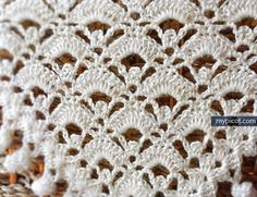 Triangle Shawl With Spiral Fringe Edging - Free Crochet Pattern - (mypicot)