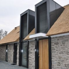 A Cottage with the siding stones in Nederland. This is increasingly being applied. Architecture Extension, Residential Architecture, Architecture Details, Interior Architecture, Facade Design, Exterior Design, Building Design, Building A House, Roof Extension