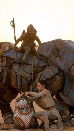 Movie Star Wars Episode VII: The Force Awakens Daisy Ridley Star Wars Rey BB-8.