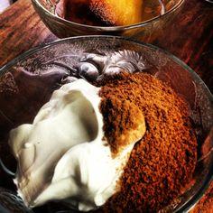 Yogurth Griego con polvo de brownie