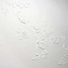 ham felt wall covering in oriental flower Benjamin Shine, Feature Wall Design, Crochet Mat, Oriental Flowers, Plaster Art, Bathroom Design Luxury, White Texture, Panel Art, Wall Treatments