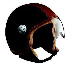 PELLEDURA -  JETHELM    Ein Helm mit einzigartigem Charakter, handgearbeitetes Finish und Hightech Materialien, für diejenigen, die immer ihr Bestes geben und nichts unversucht lassen. Ein Helm ohne Kompromisse in Bezug auf Stil und Eleganz, für diejenigen, die Wert auf Handfestes legen. #Helmet #Motorcycle #Vespa