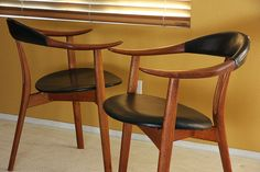 I wish I had a thousand bucks to spend on a couple of chairs. These are gorgeous.