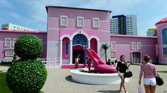barbie dollhouse printables | In pictures: Berlin Barbie doll house attracts fans and foes