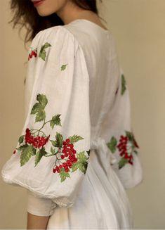 """Белое платье в пол """"Гроздь калины"""" ПЛ-770361"""