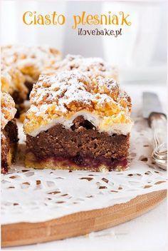 Pleśniak – Famous Last Words Polish Desserts, Polish Recipes, Fun Desserts, Delicious Desserts, Awesome Desserts, Polish Food, Cake Ingredients, Homemade Tacos, Kuchen